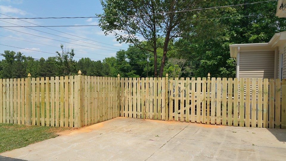 Fence-Contractor-in-Newnan-GA-3