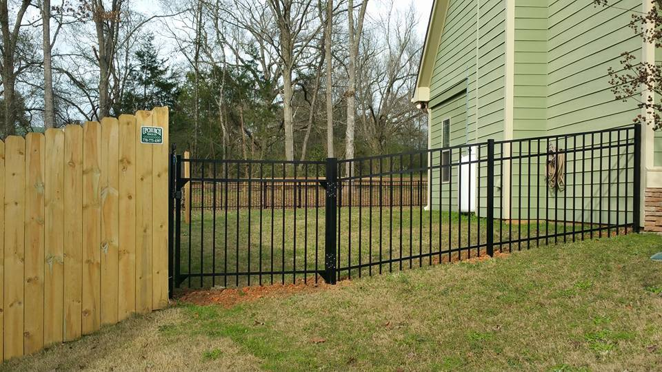 Fence-Contractor-in-Zebulon-Ga-1